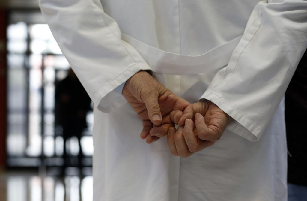 O nujnosti bolnikove nadaljnje zdravstvene obravnave
