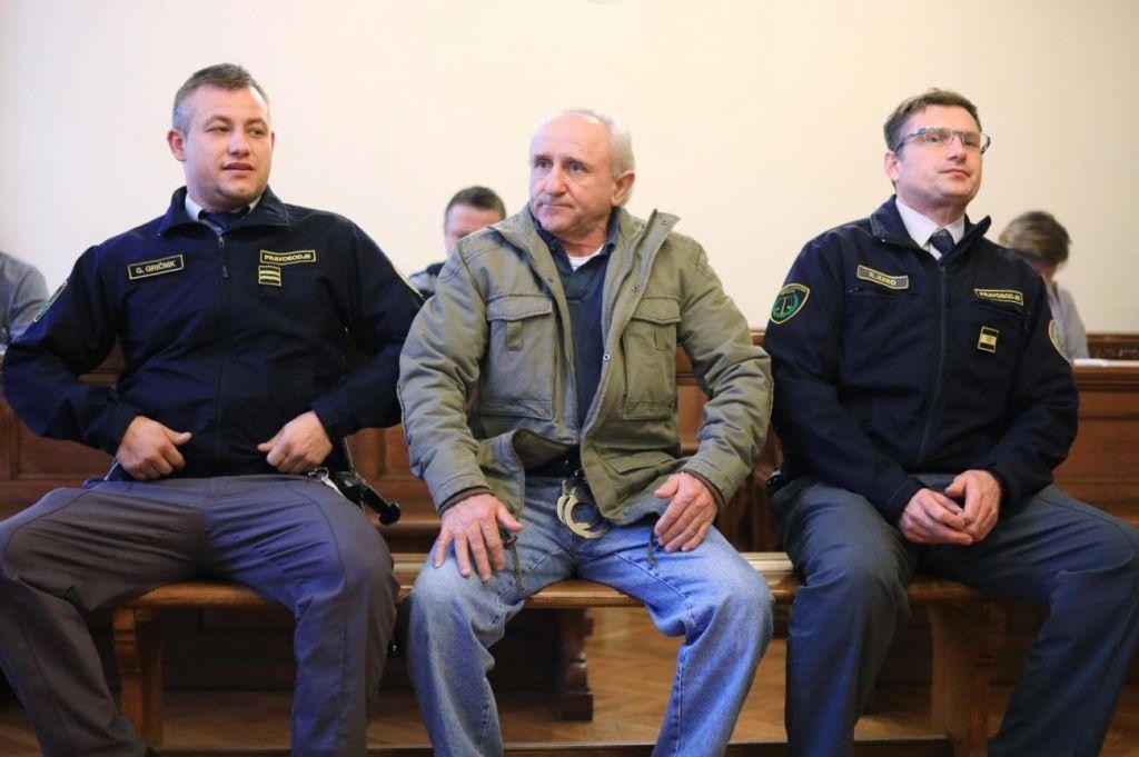 Senad Softić je sodišče poskušal prepričati, da obračuna ni načrtoval