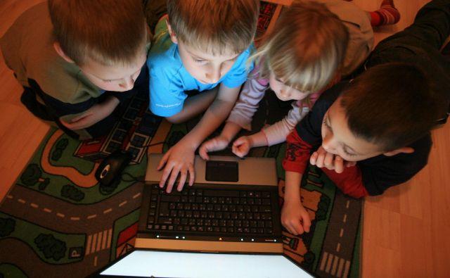 Mlade je treba poučiti o varni rabi interneta, saj so zaradi radovednosti in naivnosti najbolj ranljivi.