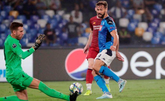 Napoli je na štadionu Svetega Pavla premagal evropskega prvaka Liverpool, piko na i za 2:0 je postavil novinec Fernando Llorente. FOTO: Reuters