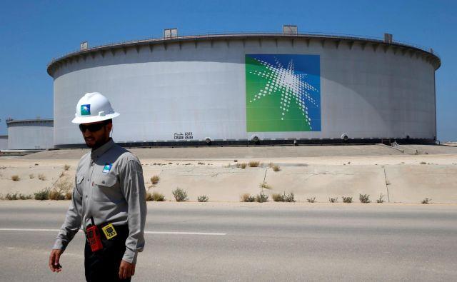 Savdska Arabija bo nafto dobavljala tudi iz uskladiščenih zalog. FOTO: Reuters