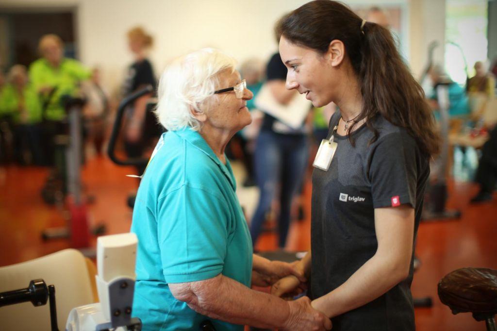 Negativna ocena državi pri skrbi za starejše