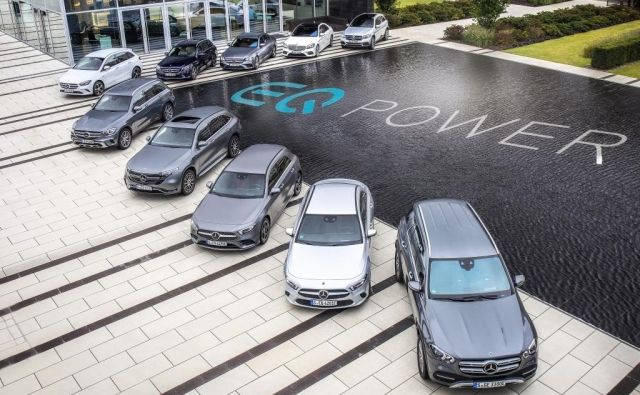 Mercedesova paleta priključnih hibridov se hitro povečuje. Približujejo se namreč ostrejše emisijske zahteve. Foto Gregor Pucelj