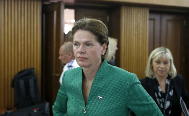 Ministrica Alenka Bratušek si je vzela pravico do imenovanja direktorjev Borzena in Elesa. FOTO: Blaž Samec/Delo