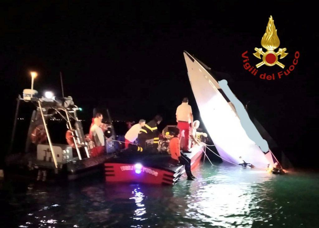 Nesreča dirkalnega čolna zahtevala tri življenja