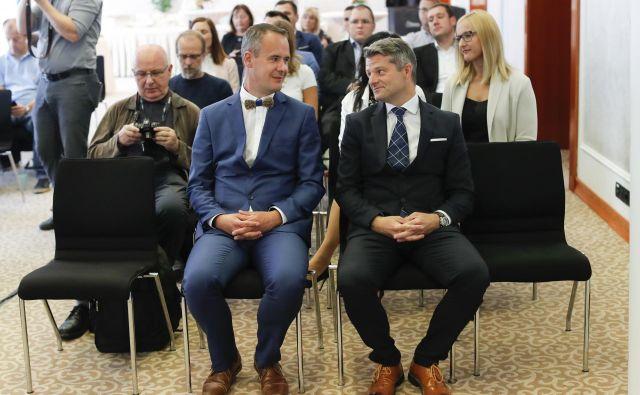 Bart Stegeman in dr. Robert Agnič, izvršna direktorja Plastike Skaza. FOTO: Uroš Hočevar/Delo