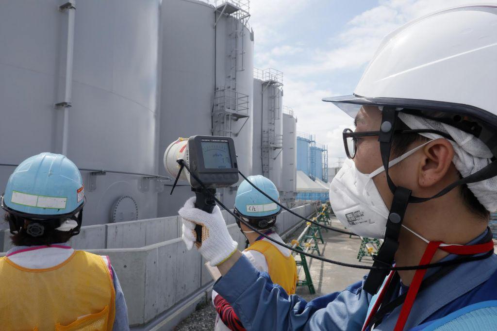 FOTO:Sodišče vodilne predstavnike jedrske elektrarne oprostilo krivde za nesrečo v Fukušimi