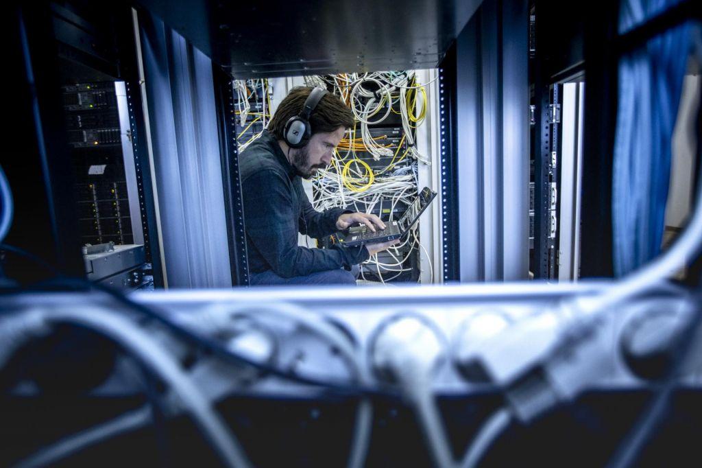 Za spletno rudarjenje toliko elektrike, kot je porabi Poljska