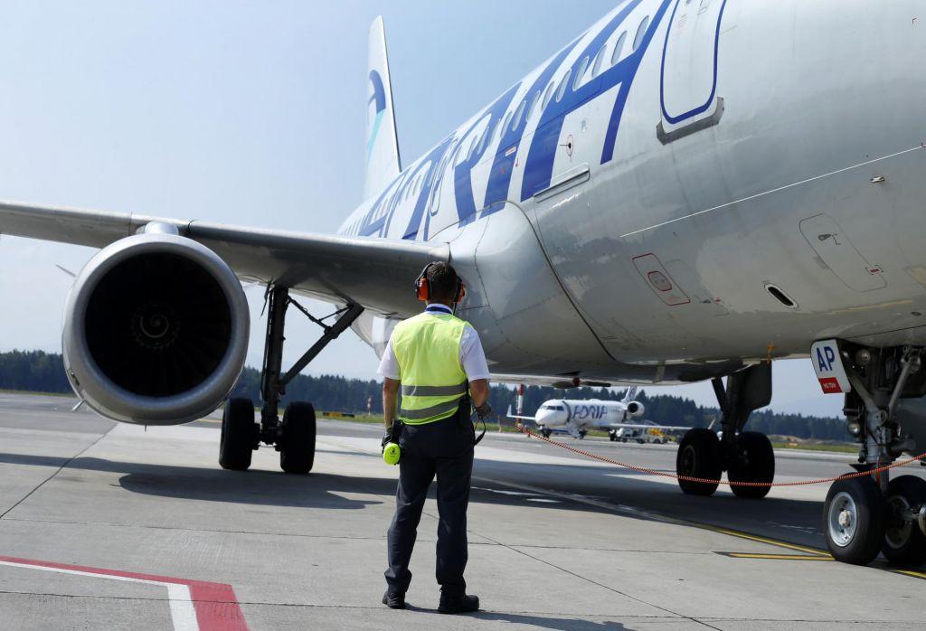 Adria Airways odpovedala več letov, razlog menda odpovedi najemov letal