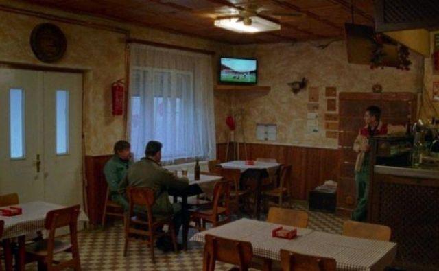 Utrinek iz filma <em>Oroslan</em> Matjaža Ivanišina. Foto Staragara