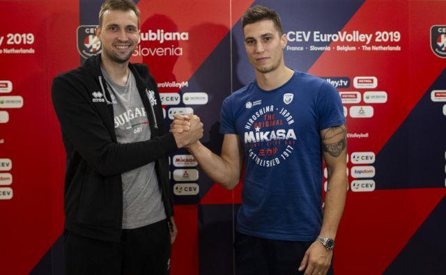 Bolgarski kapetan Viktor Josifov in Klemen Čebulj bosta danes tekmeca na igrišču. FOTO: Voranc Vogel