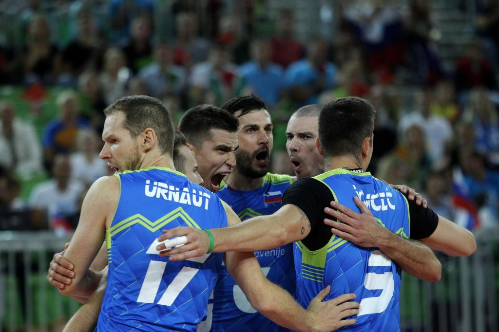 FOTO:Odbojkarsko EP: Slovenci mojstrsko v četrtfinale, nasproti bodo spet Rusi