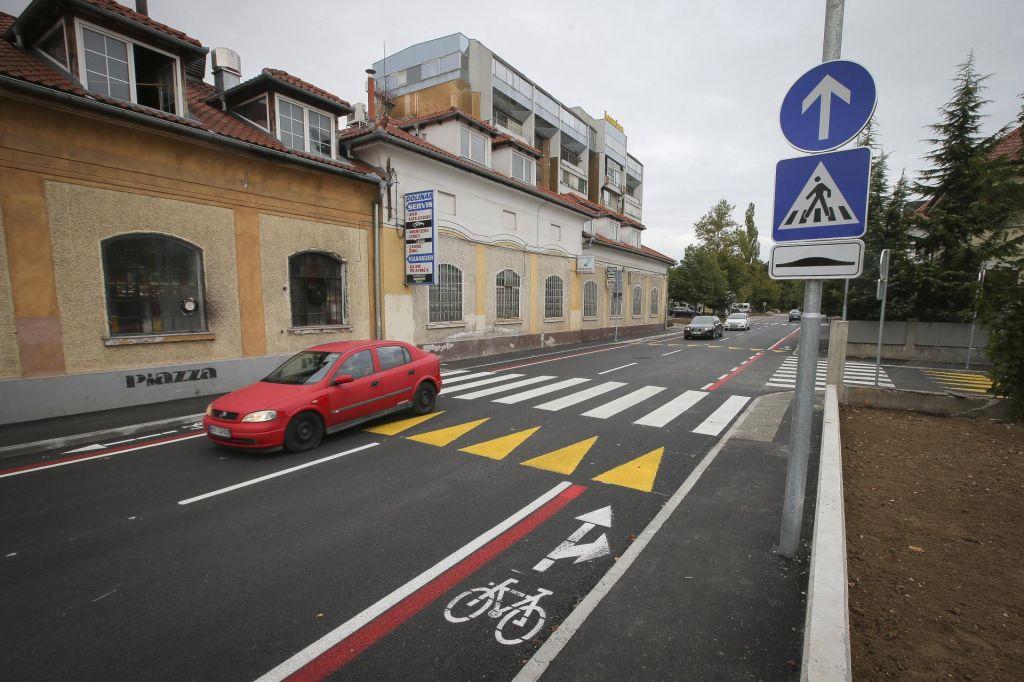 FOTO:Prenova Parmove ulice – 2. del