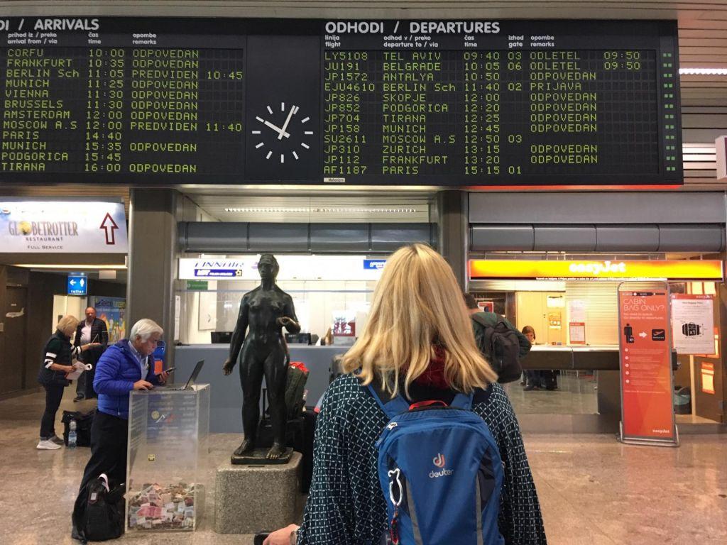FOTO:Adria Airways je ostala brez dodatnih letal