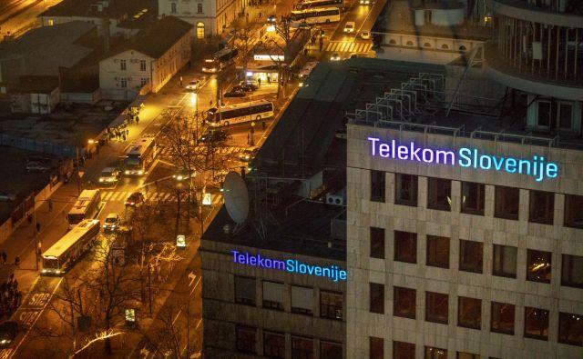 Državni Telekom Slovenije je pomemben oglaševalec z veliko vlogo v družbi, zato ni nepomembno, kako razporeja ta denar. Očitno pa denar namenja tudi za to, da nekatere stvari niso objavljene. FOTO: Voranc Vogel/Delo