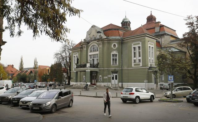 Prva predstava, ki je bila na odru sedanje ljubljanske Drame lahko uprizorjena v slovenskem jeziku (<em>Tugomer </em>Josipa Jurčiča in Frana Levstika), je morala počakati do 6. februarja 1919. FOTO: Leon Vidic/Delo