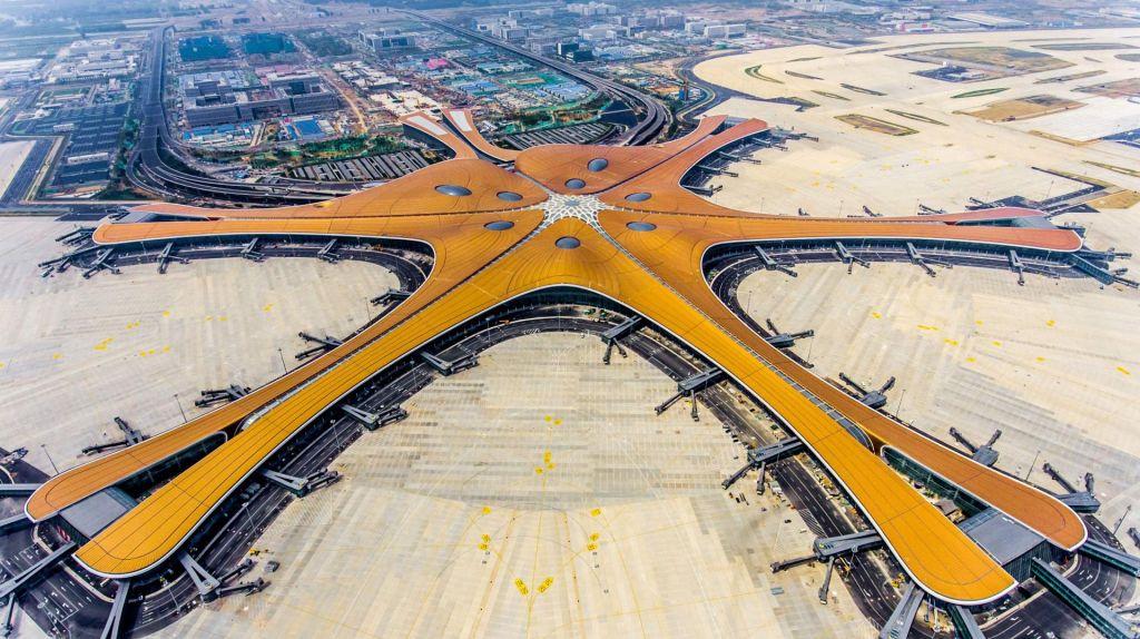 FOTO:Peking je dobil še drugo mednarodno letališče Daxing