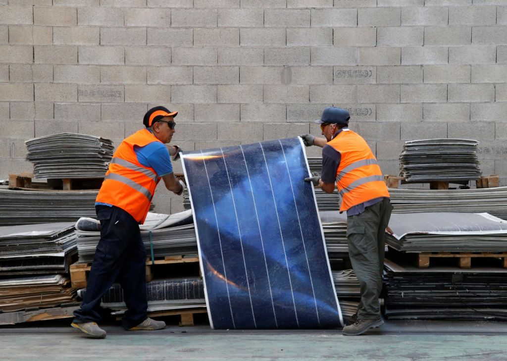 Recikliranje sončnih panelov bo naslednji posel