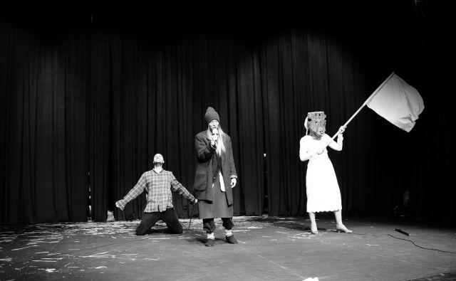 Dramaturg Tibor Hrs Pandur <em>Grmače </em>vidi kot slovensko verzijo <em>Dogvilla </em>ali slovenski <em>Fargo</em>. Foto Damjan Švarc