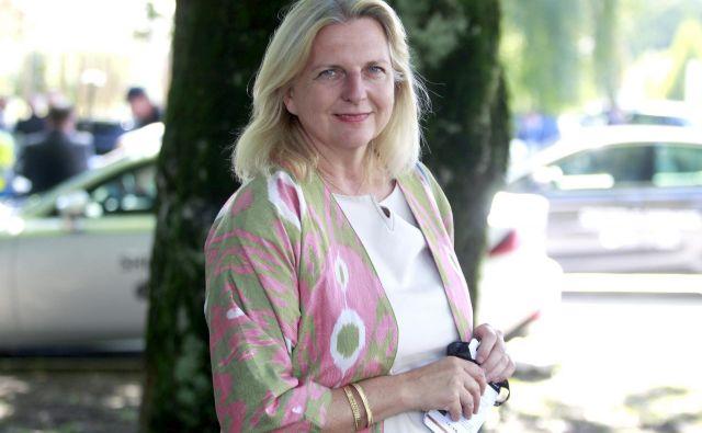 Karin Kneissl je znana po nekaterih vprašljivih političnih stališčih, hkrati je zanimiva, pronicljiva analitičarka Bližnjega vzhoda. FOTO: Roman Šipić