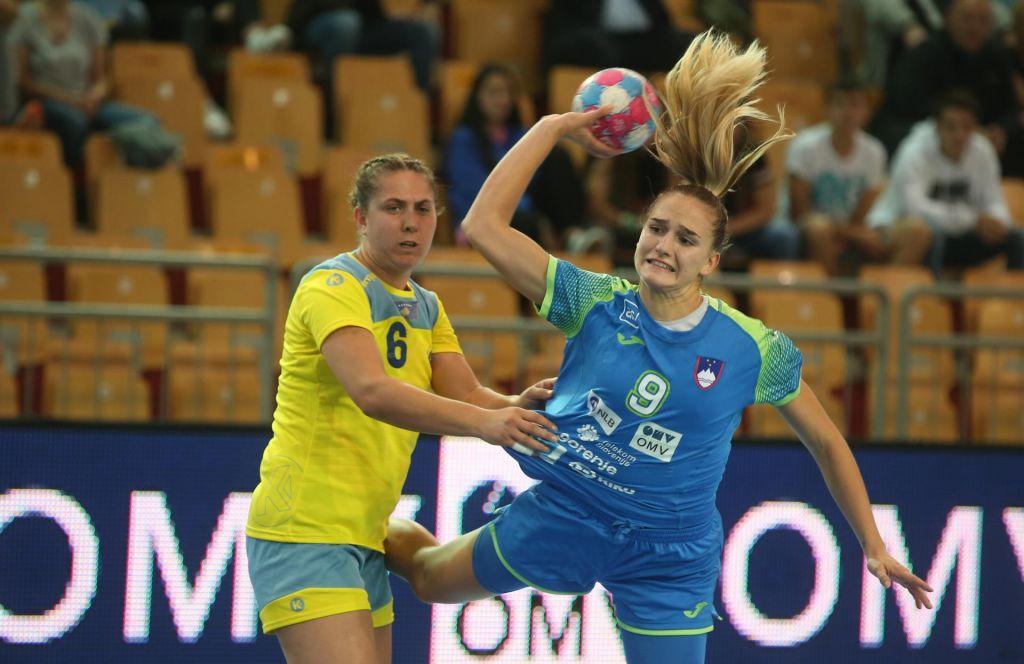 Slovenske rokometašice za razred boljše od tekmic s Kosova