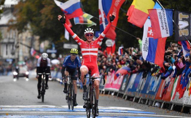 Mads Pedersen je presenetil vse favorite. FOTO: AFP