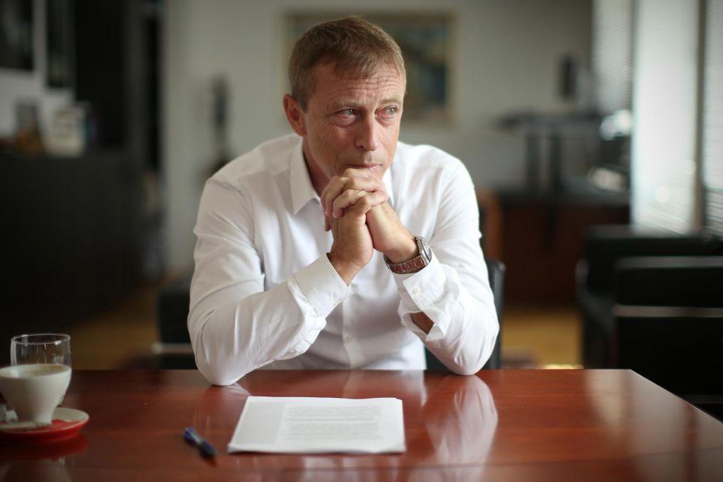 Mandat ustavnega sodnika danes nastopa Rok Čeferin