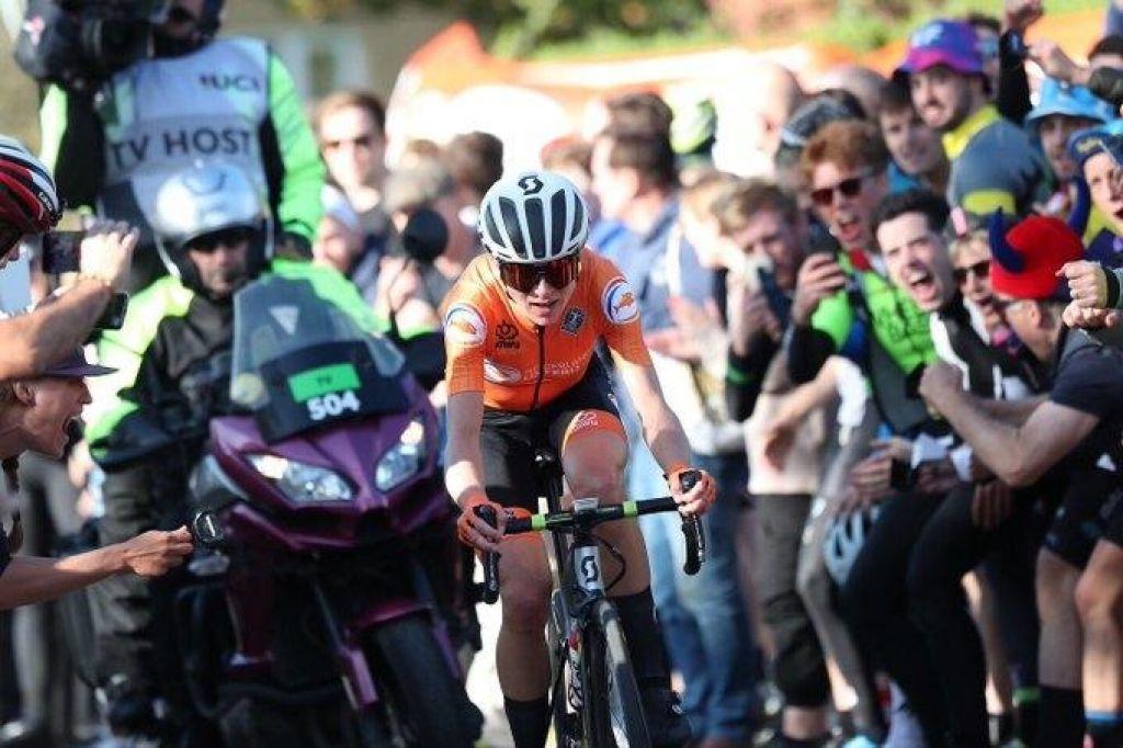 FOTO:Annemiek Van Vleuten svetovna prvakinja po epskem 100-kilometrskem pobegu