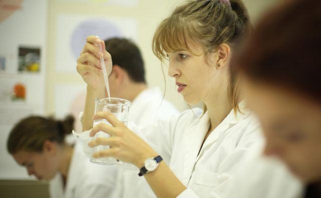 Brez raziskav ni inovacij, opozarjajo znanstveniki. FOTO: Jure Eržen/Delo
