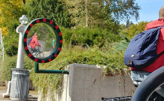 Nova ogledala bodo povečala varnost. FOTO: Aleš Stergar/Delo