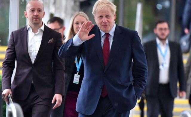Britanski premier je ob robu kongresa konservativne stranke v Manchestru včeraj napovedal, da bo Združeno kraljestvo EU ponudilo »zelo dober dogovor«. Foto AFP