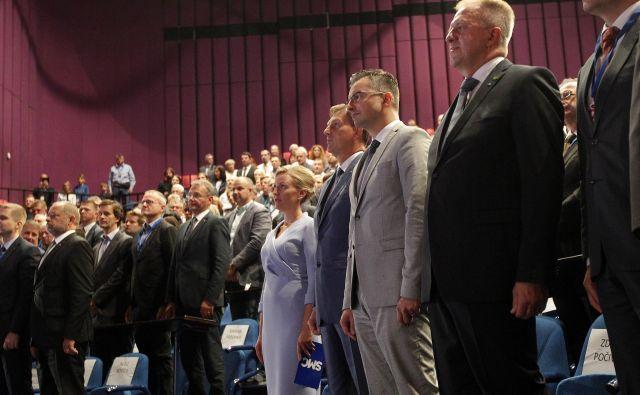 Kdaj naj bi premier Marjan Šarec predlagal zamenjavo Cerarja s Počivalškom, v njegovem kabinetu še ne razkrivajo. Foto Mavric Pivk