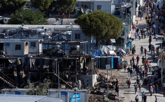 Požaru v begunskem taborišču Moria so sledili nemiri. FOTO: Reuters