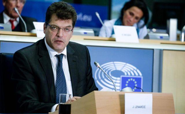Slovenski kandidat Janez Lenarčič na sinočnjem zaslišanju v evrpskem parlamentu ni imel težav. FOTO: Foto Aris Oikonomou/AFP