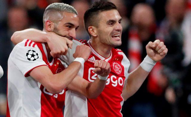 Hakim Ziyech in Dušan Tadić tudi v novi sezoni ostajata glavna aduta Ajaxa v ligi prvakov. FOTO: Reuters