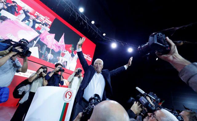Socialistu Antóniu Costi so ankete javnega mnenja kazale zelo dobro. Foto: Reuters