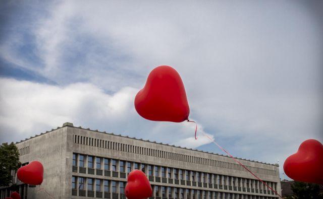 Krisu smo želeli vsi pomagati, nihče pa ni pomislil na posledice, tudi davčne, pravi Nataša Sorko, predsednica Nacionalnega foruma nevladnih organizacij. FOTO: Voranc Vogel