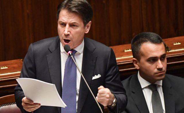 Italijanski premier Giuseppe Conte in zunanji minister ter vodja G5Z Luigi di Maio. Foto AFP