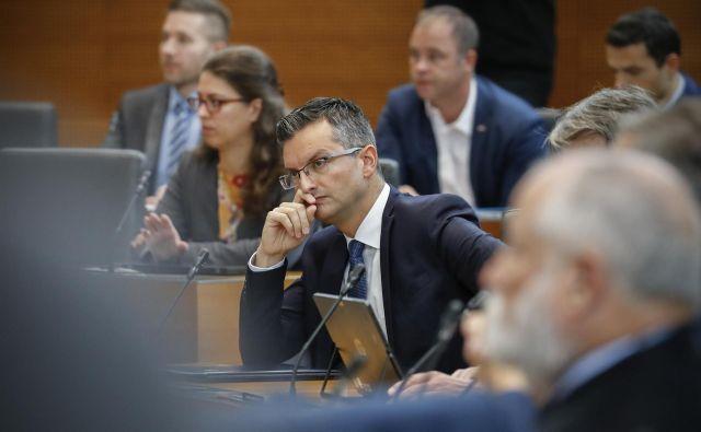 Premier Šarec se bo jutri sestal še z dvema skupinama nezadovoljnih s politiko vlade – s predstavniki delodajalcev in sindikatov, ki sodelujejo v ekonomsko-socialnem svetu. FOTO:Uroš Hočevar