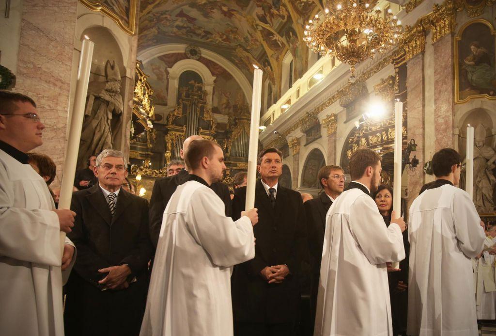 Predsednik med Cerkvijo in državo