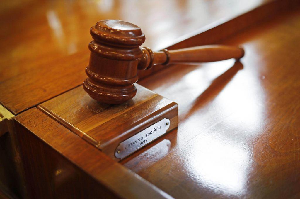 Ustavni sodniki bodo pretresli primer Farmacevtka