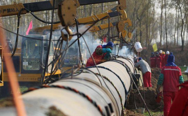 Kitajska državna korporacija China National Petroleum (CNPC) se je umaknila iz razvojnega projekta enega od delov iranskega podmorskega plinskega polja. FOTO: Reuters