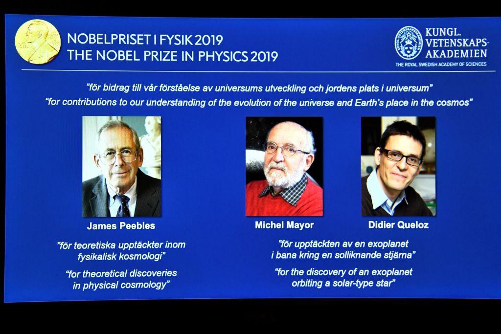FOTO:Nobelovo nagrado za fiziko dobijo odkritelja eksoplaneta51 Pegasi b in oče kozmologije