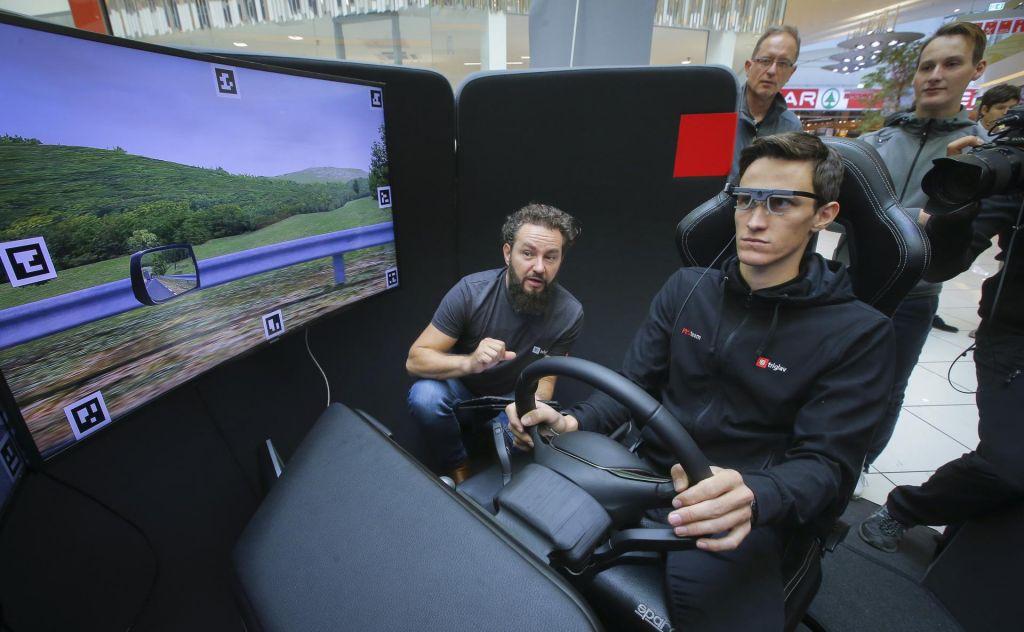 Simulator za varnejšo vožnjo