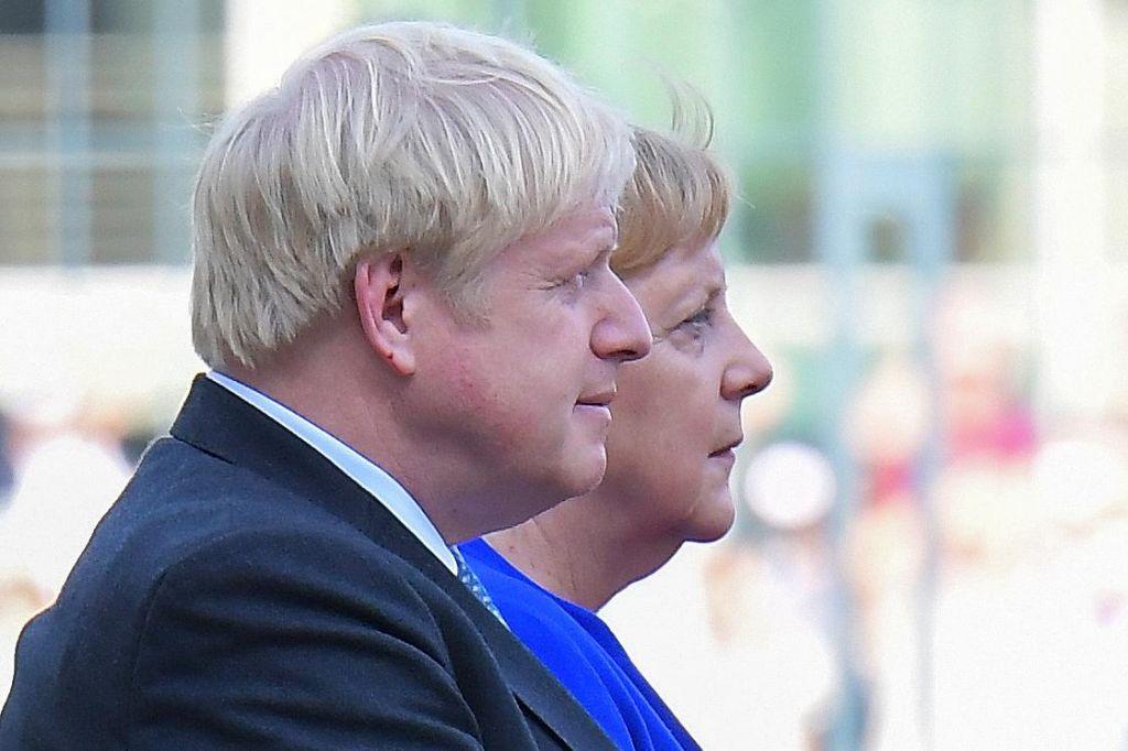 Pogajanja o brexitu so se znašla na robu propada