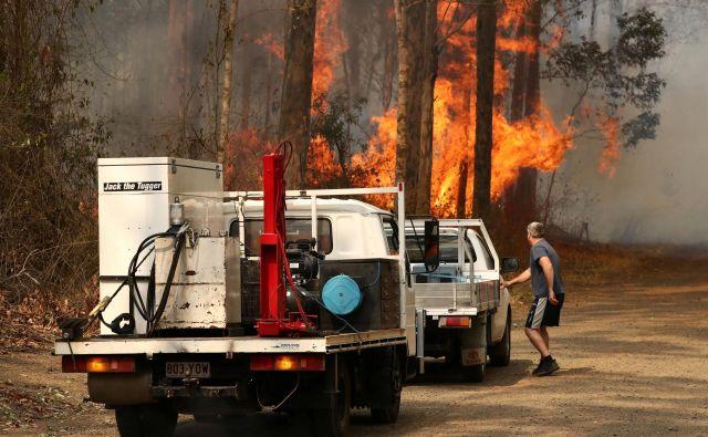 Požar na območju v Busbys Flata v Novem Južnem Walesu. FOTO: Reuters