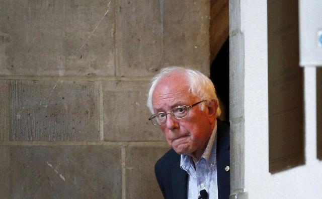 Bernie Sanders se po operaciji počuti odlično, toda aktivnosti, povezane s kampanjo, bo nekoliko zmanjšal. FOTO: Reuters