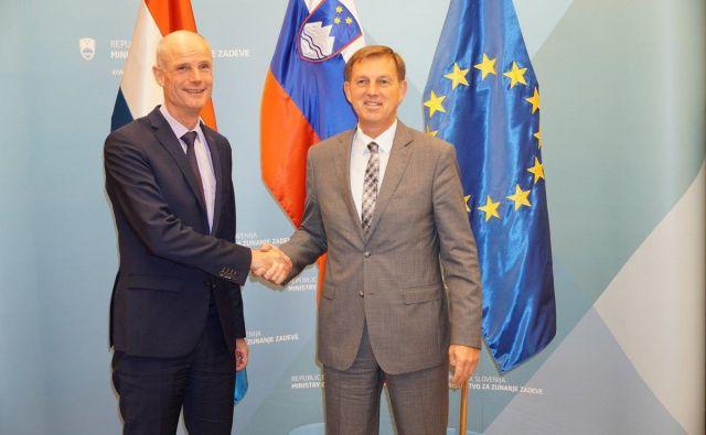 Nizozemski zunanji minister Stef Blok z gostiteljem, ministrom za zunanje zadeve Mirom Cerarjem. Foto MZZ/STA