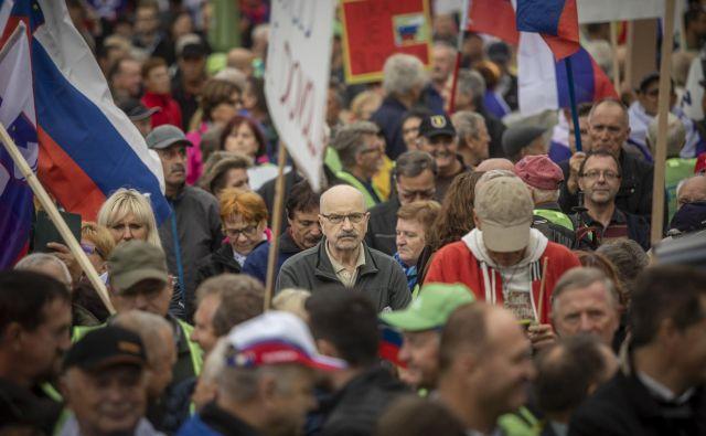 Ali imamo tudi sposobne politike, ki znajo voditi državo, ali pa je le še vprašanje časa, kdaj bo tudi na slovenskih volitvah zmagal nevaren populist, ki bo zbral glasove preslišanih, neuspešnih in zapostavljenih?