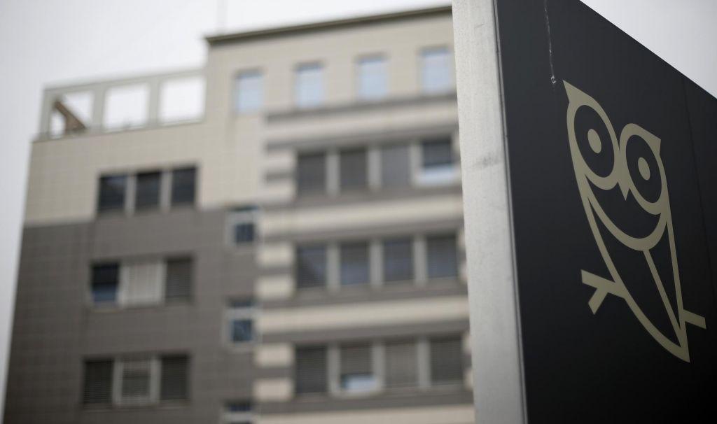 FOTO:Zaradi izdajanja tajnih podatkov Knovs ne bo dobil dokumentov o kadrovanju